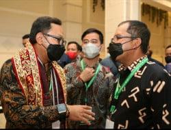 Bima Arya-Gibran Tinjau Booth Makassar: Luar Biasa Persembahan Sang Inovator