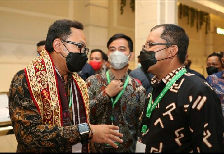 Bima Arya Gibran Tinjau Booth Makassar Luar Biasa Persembahan Sang Inovator