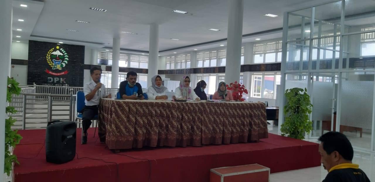 Pustakawan DPK Sulsel Rapat Evaluasi Kegiatan Pembinaan Perpustakaan di Kabupaten/Kota