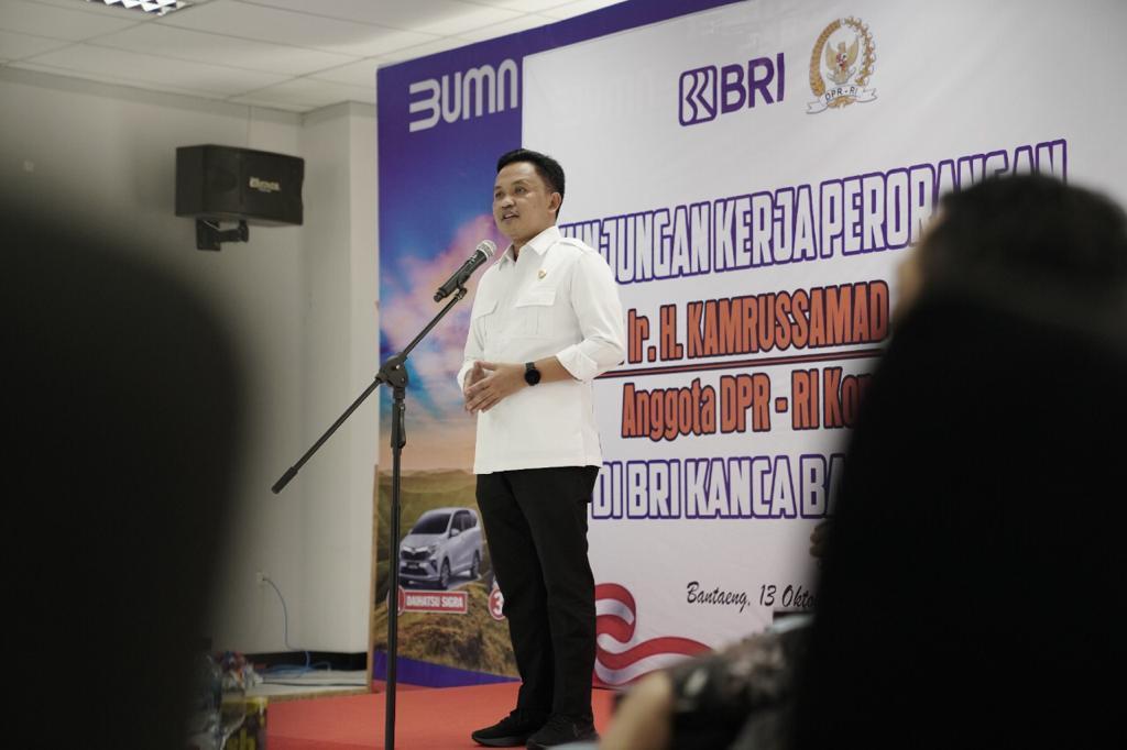 Tekan Pengangguran dan Kemiskinan, Kamrussamad Akui Kepemimpinan Ilham Azikin