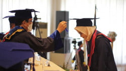 Rektor Unibos Kukuhkan 594 Wisudawan