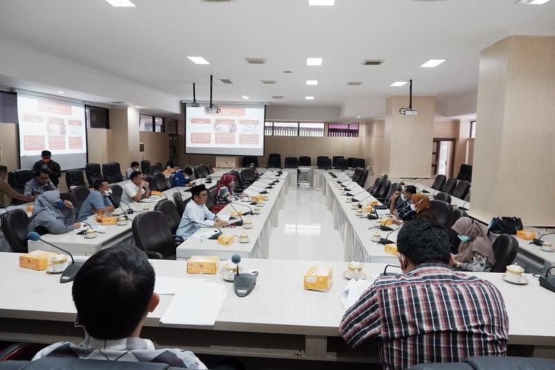 DPRD Makassar Minta Perda Perlindungan Guru Bermuatan Hukum Jelas